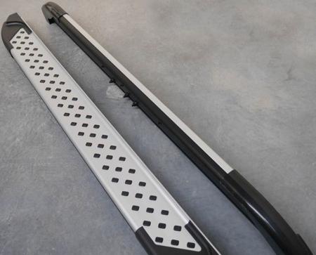 01656031 Stopnie boczne - Kia Sportage 2010- (długość: 171 cm)