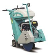 DOSTAWA GRATIS! 05668367 Przecinarka jezdna do betonu i asfaltu (średnica tarczy: 500mm, max. głębokość cięcia: 190mm, silnik: Honda GX 390, 11,7KM)