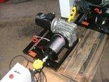Treton Elektryczna wciągarka linowa 150mb (siła uciągu: 190/130kg, moc: 0,75kW 400V) 28876678