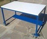 DOSTAWA GRATIS! 77156930 Stół warsztatowy z kółkami (wymiary: 1200x700x750 mm)