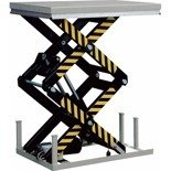 Hydrauliczny nożycowy stacjonarny stół podnośny (udźwig: 4000 kg, wymiary stołu: 1700x1200 mm, wysokość podnoszenia min/max: 400-2050 mm) 31070598