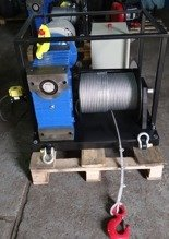 Tretos 28872832 Elektryczna wciągarka linowa z ramką (siła uciągu: 850 kg, długość liny: 30m, moc: 3kW 400V)
