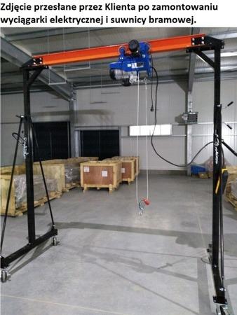 322+45671585 Suwnica bramowa, mobilny dźwig portalowy + wyciągarka linowa elektryczna z wózkiem jezdnym (udźwig suwnicy: 1000 kg, szerokość w świetle: 2300 mm, wysokość podnoszenia: 2500-3600 mm, udźwig wyciągarki: 600/1200 kg, gługość liny: 12m)